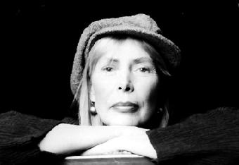 Black and white picture of Joni (jpg, 9K)